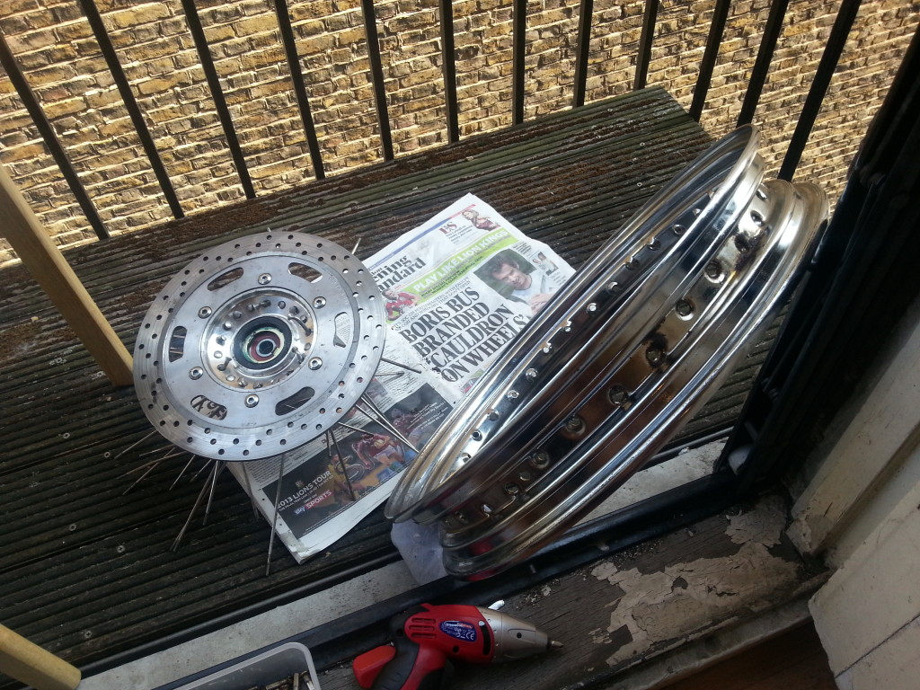 How To Lace Motorcycle Wheels - MotoMatter
