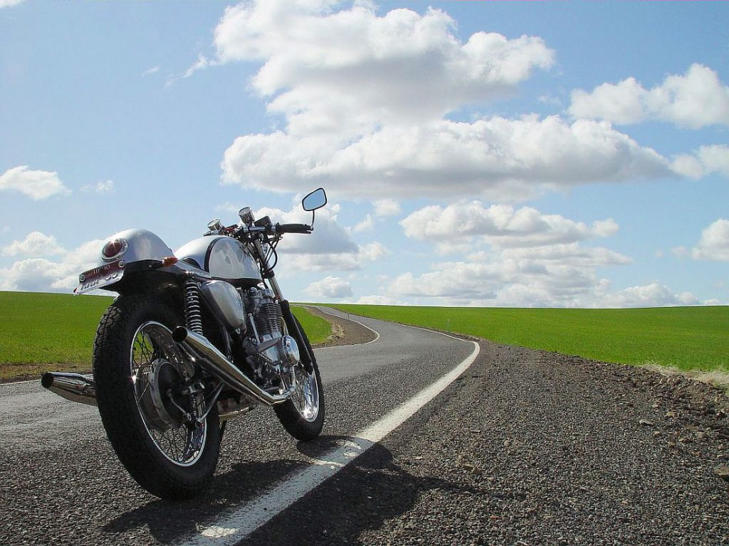 Honda CB550 Cafe Racer by Doug in Idaho