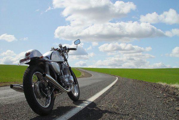 Honda-CB550-Cafe-Racer-void - MotoMatter