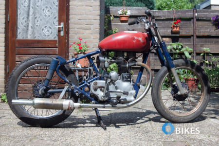 Royal Enfield Scrambler by MIOB