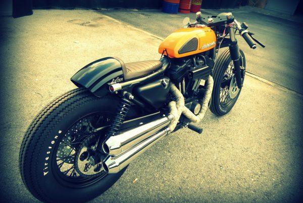 Harley Davidson Cafe Racer based on a Sportster 883 - MotoMatter