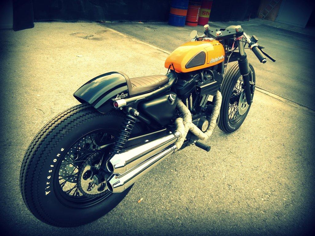 Harley Davidson Cafe Racer based on a Sportster 883