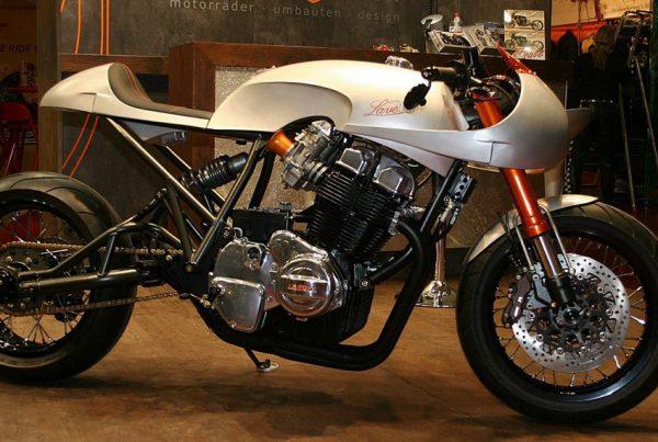 Laverda-Cafe-Racer-by-Custom-Wolf-Void - MotoMatter