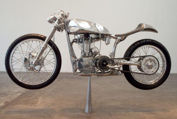 Velocette-Thruxton-Cafe-Racer-1 - MotoMatter