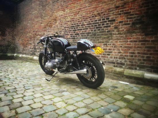 BMW R100 Cafe Racer 'SlickBeast' by 77 Custom Bikes