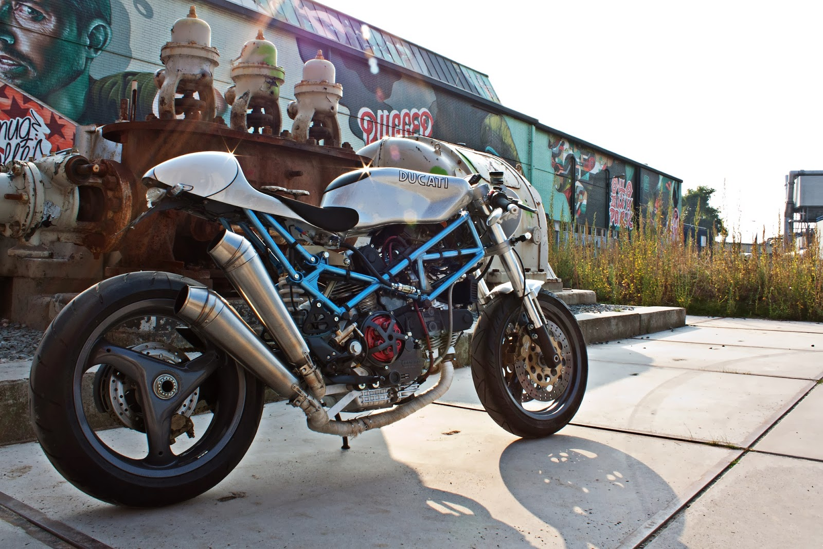 Ducati Monster 900 Cafe Racer by Mario Kusters - MotoMatter
