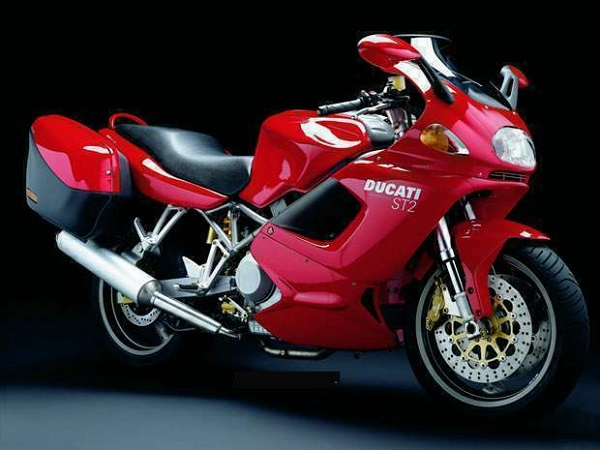 Ducati-ST2-Cafe-Racer-1