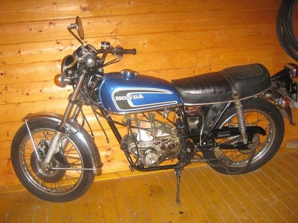 Honda-CB360-Café-Racer-1