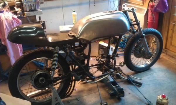 Honda-CB360-Café-Racer-21