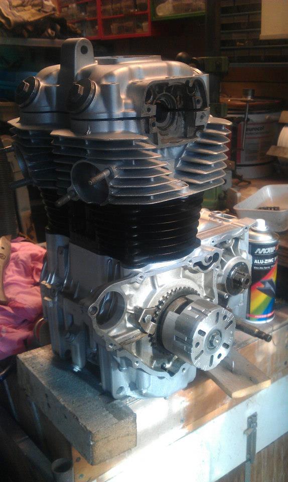 Honda-CB360-Café-Racer-22