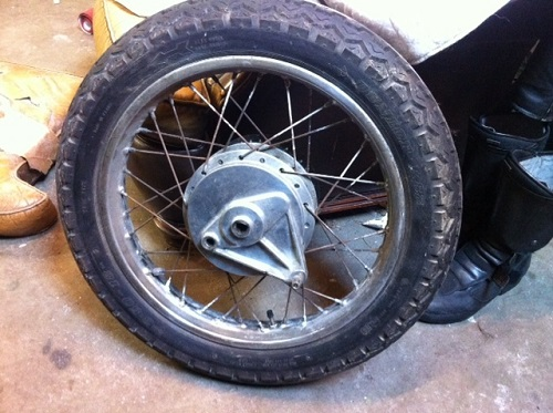 How to make white wall tires 1