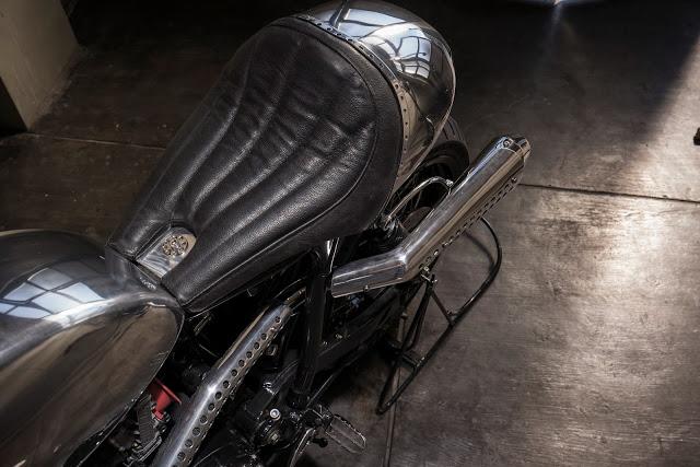 Thruxton Cafe Racer steampunk 8