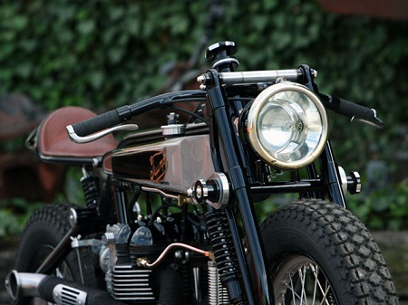 Triumph TT Deluxe Cafe Racer by LC Fabrications 2