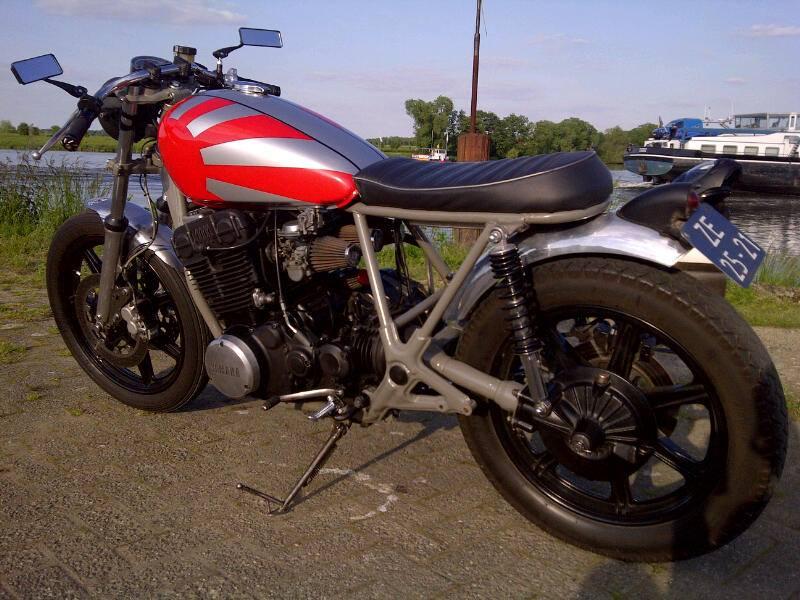 Yamaha-XS750-Café-Racer-by-Hans-Dijstelbloem-1