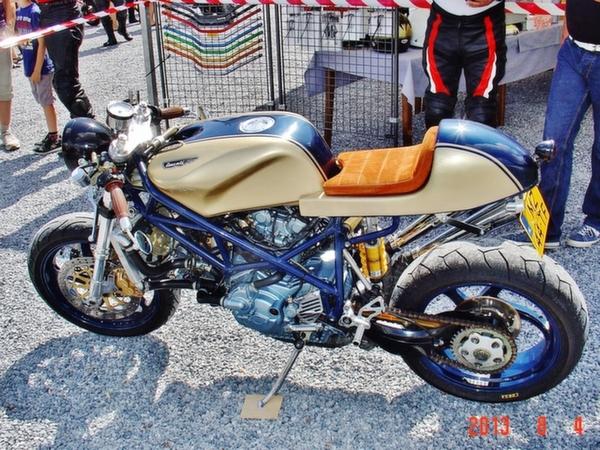ducati_748_cafe_racer_48